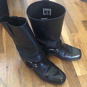 Frye Harness 12R Black Boot